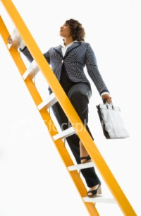ist2_5052080-businesswoman-climbing-ladder