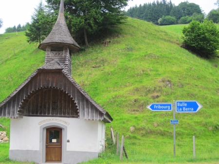 On the way to the BBQin Gruyere, in those Alps, we passed this chapel of indecision or whatever it is. the Alps were spelndiferous! I was floored.
