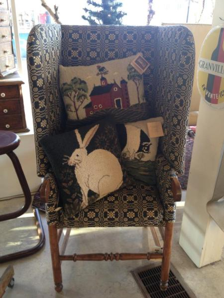 A fire chair and pillows the purfect holiday gift at hunter bee